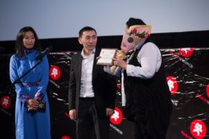 Казахстанский продюсер Нарын Игилик получил Премию Выбор критиков за высокий уровень международного сотрудничества